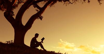モテる男は本を読んでいる!読書で得られる驚きのメリット5選