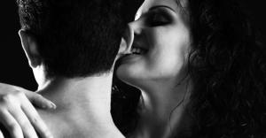 関わるときは気をつけて!心に闇を抱えている女性の特徴5選