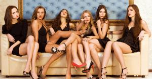 ピンサロ設定のエロ動画おすすめ10選|薄暗い店内で繰り広げられる風俗嬢たちの痴態をノゾキ見
