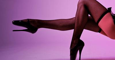 黒川智花のセクシーなエロ画像31枚|セミヌード、美脚など満載