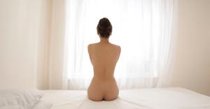 田中律子のセクシーなエロ画像32枚|美乳、谷間など満載
