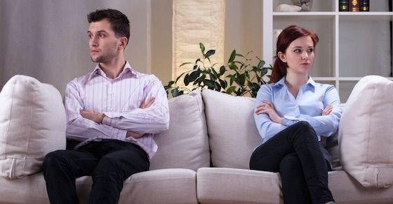 仮面夫婦の特徴2:相手に対して無関心