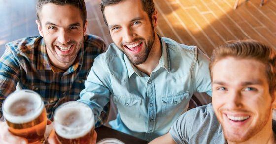 8.男性同士の友情を大事にしている