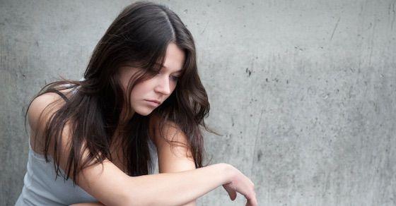 メンヘラ女の特徴:情緒不安定