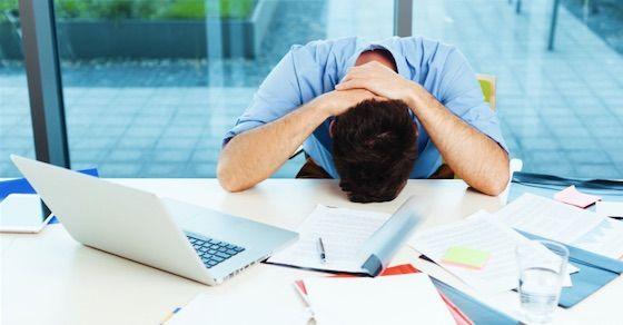 甲斐性なしの男の特徴:働く気力がない