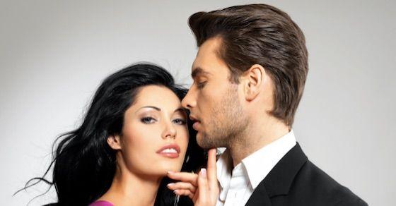 年上好きな男性を喜ばせるテク 2:包み隠さず過去の恋愛経験を話す