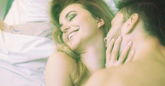 愛のあるセックスでは、全身を愛撫する