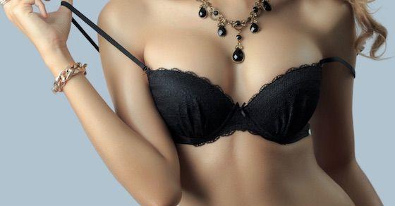 女の子の乳首には、多くの細菌がいる