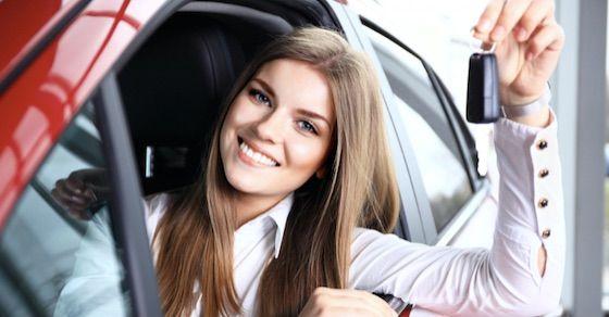 セフレにしやすい人妻の特徴⑪:自分の車を持っている