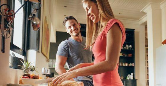 結婚したい理由3:生活が安定する