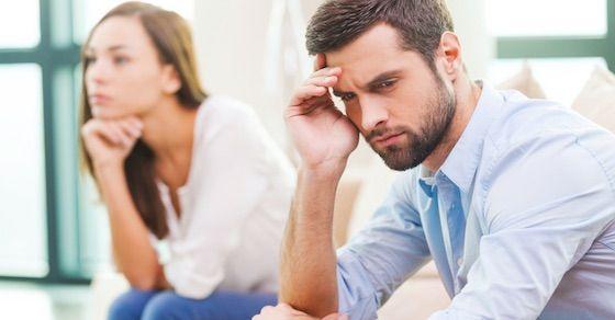 女性が不満に思う理解不能な男性の行動①:記念日を忘れる