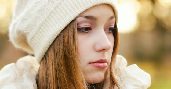 腹黒い女を見抜くコツ⑥:何かと自分を卑下する