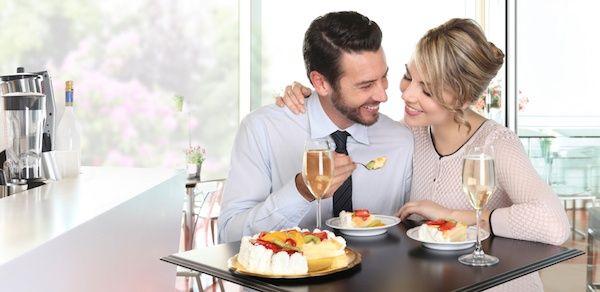 女性を楽しませる会話術②目を見て話す