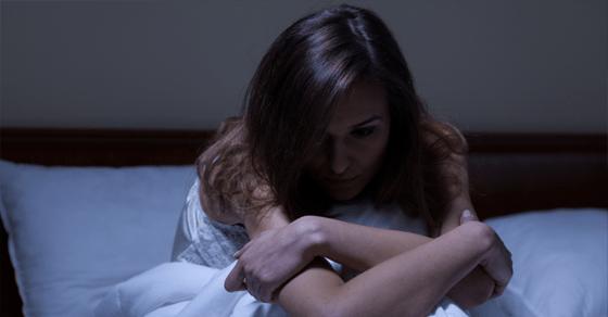 不倫・浮気する女の特徴⑦寂しがり屋