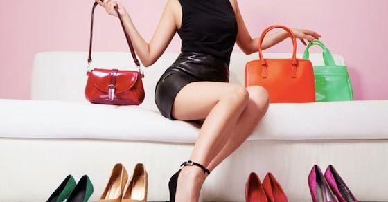 金目当ての女の特徴①:身につける小物がブランド物ばかり