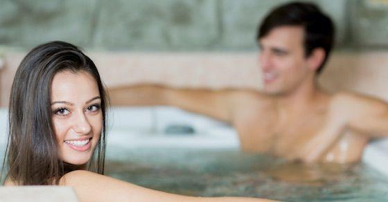セックスレスで悩んでたら試すべき方法その⑤:2人でお風呂に入る