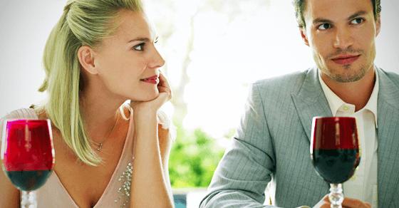 恋愛に発展するために重要な脈ありサインとは?
