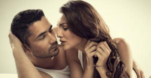 女性からのセックスの誘い。「OKな誘い方」「NGな誘い方」の違い