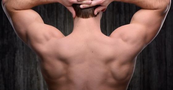 セクシーな背中を手に入れろ!最強の広背筋トレーニング方法 7選