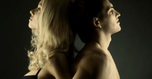 遠距離恋愛中に、別れを意識する瞬間 10選
