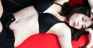 AV女優・香月悠梨の全て(結婚で引退して現在は妊娠?画像・出演作品等)を大解剖【永久保存版】