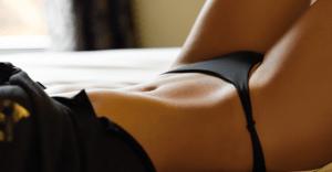 ビキニ着衣のエロ動画おすすめ10選|セクシー度マックスの水着美女たちの痴態に興奮