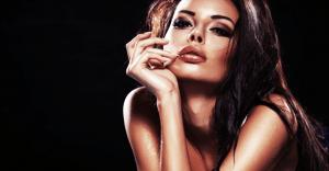 男性を夢中にさせる色気のある女子の特徴2:言葉遣いが綺麗