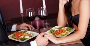 流行りの出会い系居酒屋で女性を口説くテクニック