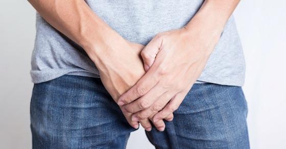 勃起時のペニスの痛み・症状と対処法⑥:包茎による痛み