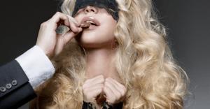 「SMボンバー」で人気の調教画像BEST10|美女の悶え苦しむ姿に大興奮